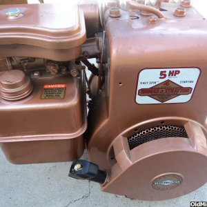 NOS 5HP Briggs & Stratton, Model 130232
