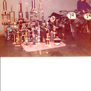 Scott_trophy_color