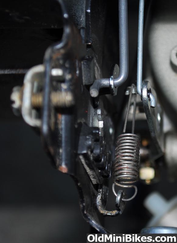briggs & stratton 5hp throttle linkage governor setup