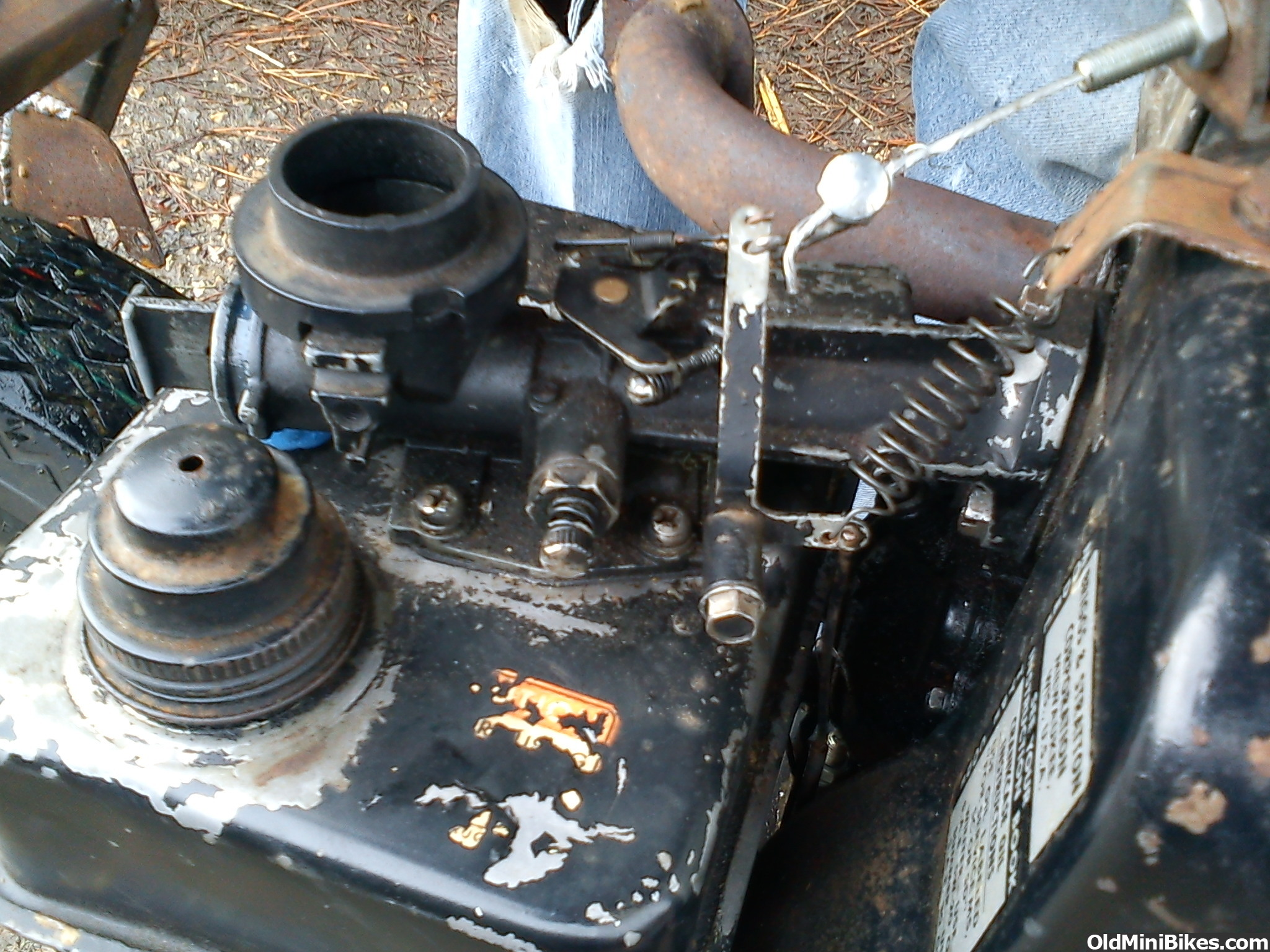 Briggs And Stratton 5hp Engine Carburetor